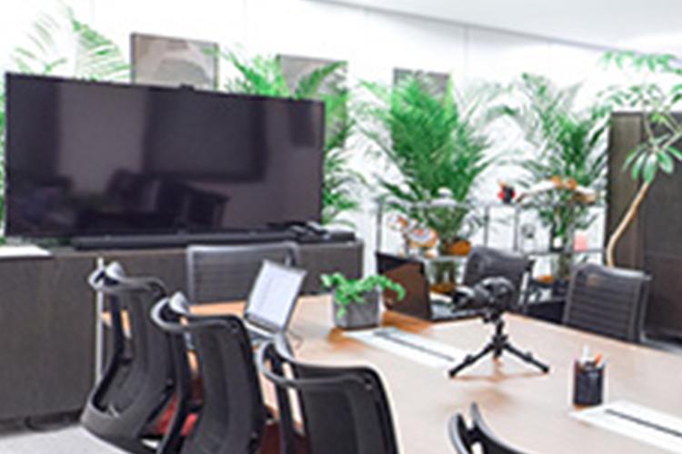 テレビ会議システムを利用した会議や研修